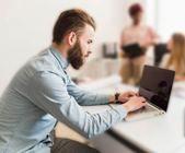 Dicas HPM: Conheça sintomas da Síndrome do usuário de computador